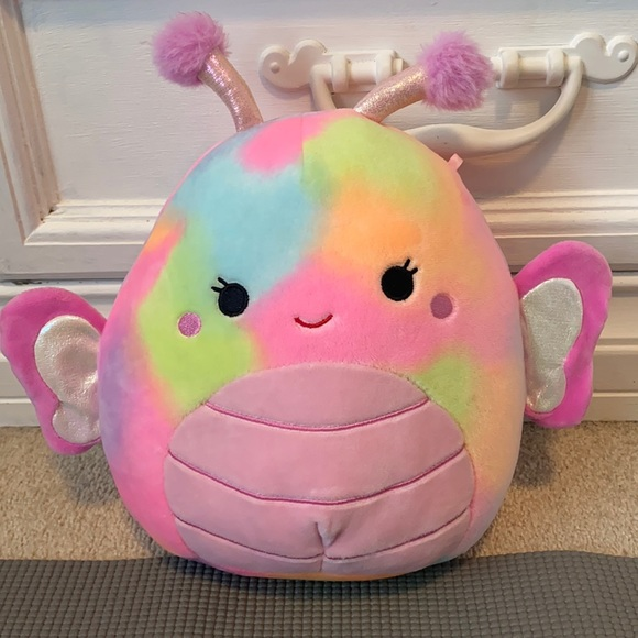 """NWT Iris the Butterfly Squishmallow 8"""""""